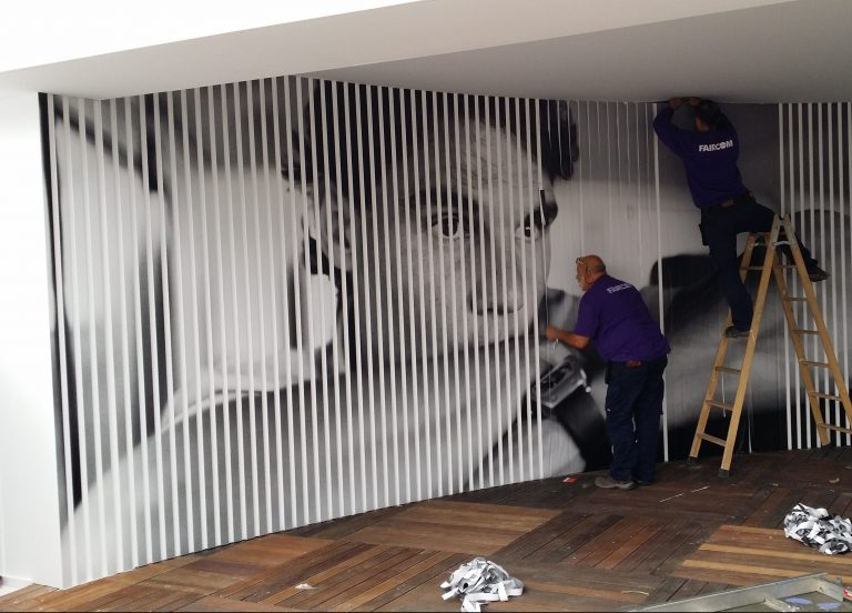 wall graphic with vinyl and slats in Barcelona